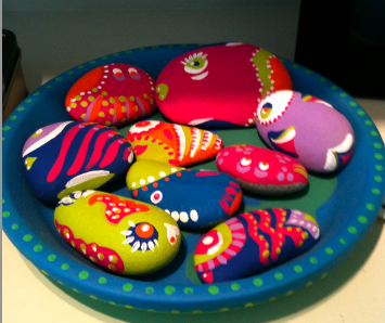 Craft Ideas Rocks on Planetpals Craft Page  Directions For Natural Beach Rocks Painted Like