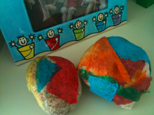 make tissue rocks
